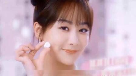 《女心理师》杨紫穿粉裙加丸子头出镜新广告,王凯丽粉嫩优雅诠释仙女定义