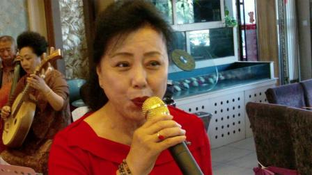 薛晓燕演唱的《祖国您好》