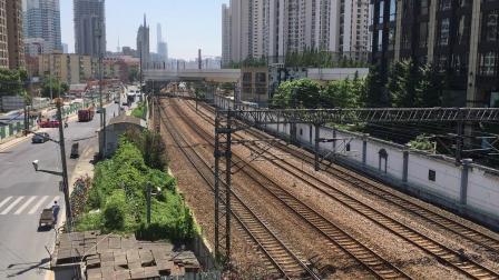 【CR400BF】G7060次(上海—安庆)通过中山北路跨线桥去上海西站方向