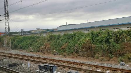 客车K84次渭南站4道停车 2020 09 15 10:39