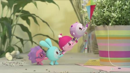 瑞奇宝宝:宝宝们真是勇敢,来到了大森林,还要去见野生动物呢