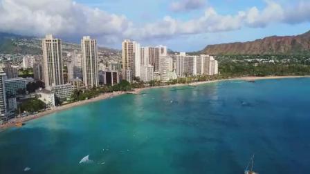 航拍美国夏威夷檀香山沿岸冲浪10164