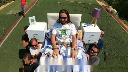 土耳其老哥挑战躺床上飞滑翔伞
