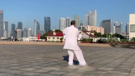 太极大师孙兴亮(潍水闲云)表演《国际竞赛套路42式太极剑》