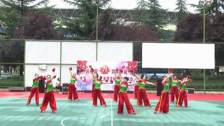 (20)双鸥舞蹈队 舞蹈《沂蒙颂》2020.09.22 地点 市体育馆
