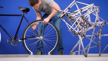 """老外发明""""蜘蛛""""自行车,骑行的那一刻,路人都被惊艳到了"""
