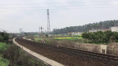 单机 51826次 ND50209 通过宁芜线K72KM采石站道口