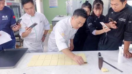 抚州烘焙培训班世界冠军亲临指导_赣州熳奇西点学校