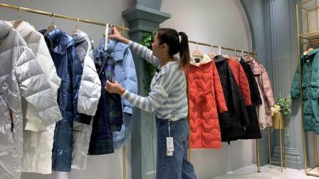 杭州高端熙兰雅品牌冬装羽绒服品牌折扣混批走份