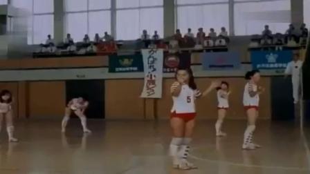 电影《排球女将》主题曲:青春之火 演唱:朱逢博