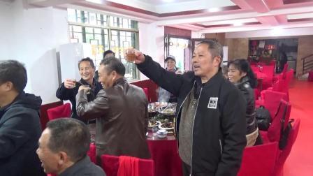 同学情深37年聚会 就餐相邀举杯言欢_20201017&18