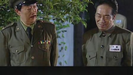 125.军统站长怀疑司令叛变,假扮地下党试探他,哪料司令早已发现!