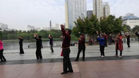 新疆舞新套路教学 梅山掠影