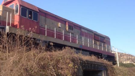 [火车视频]DF7G-5252牵引敞车通过