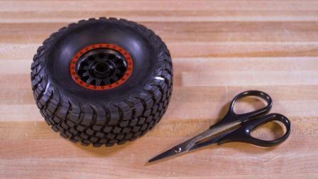 玩水前如何将轮胎排气