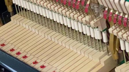 95年二手钢琴卡哇伊产d35b