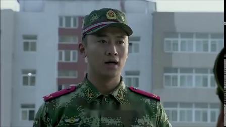 兵王:战士帮队长代考,怎料首长竟给一百零一分,当之无愧的兵王