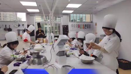 杭州港焙西点烟台咖啡拉花培训-烟台咖啡奶茶培训学校