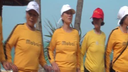 东成魅影:儋州市新州镇荣上村东门姐妹聚会临高旅游调声活动(一),2020年十月十二日。