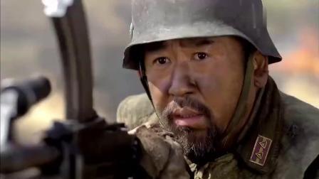 鬼子拿战俘当肉盾,谁知中国军人一声令下,战俘全卧倒干死鬼子