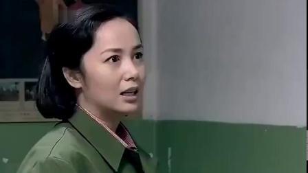 金婚:文丽35岁还装嫩,不料被小姑娘当场打脸,文丽气得脸都绿