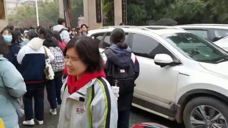 岳阳县一中放学乱象1