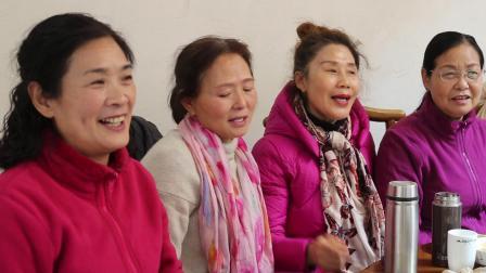 淮阳区时装模特队表演《的金山上》歌曲