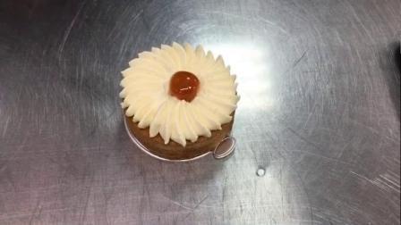 龙港哪里可以学做蛋糕 龙港学蛋糕比较好 酷德西点烘焙培训学校