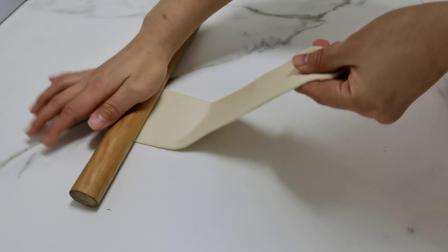 海盐面包卷整形手法