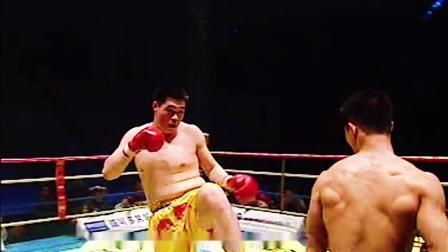 20年前巅峰战!中国腿王一晚连败三位大内高手,成就年度散打王!