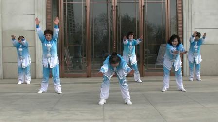 光明区鸿雁健身飞镲队表演-《八段锦》