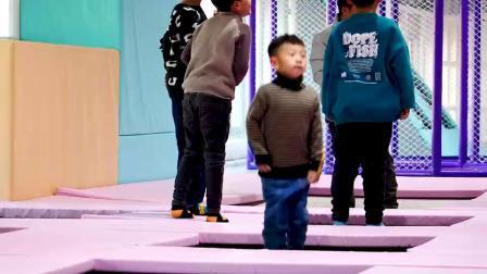 邹城市迪乐尼儿童成长乐园