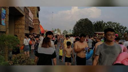2020年8月25日去南京欢乐谷旅游