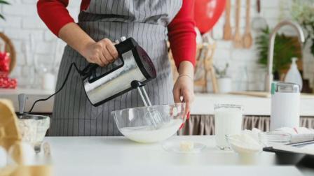 黑天鹅职业培训学校#免费学技术#蛋糕西点烘焙裱花咖啡奶茶西餐面点早餐024