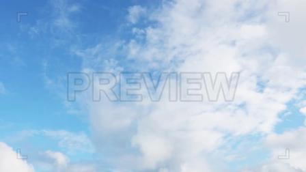 视频素材-蓝天白云云彩飞快地掠过天空