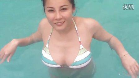 黑龍江波霸美女梅宝,比基尼波濤洶湧與水舞