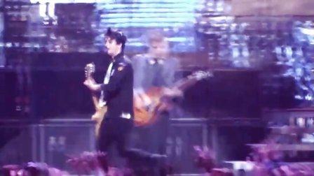 【猴姆独家】超震撼!Green Day万人演唱会全场大合唱经典热单官方DVD版曝光!