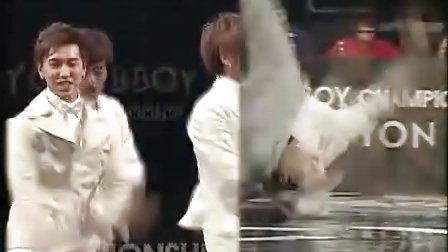 071118MBC[1].B-boy决赛SJ幸福白西服