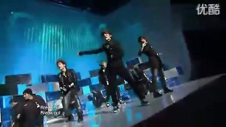 Ring Ding Dong--SHINee(现场).flv
