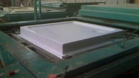 the shower tray forming machine