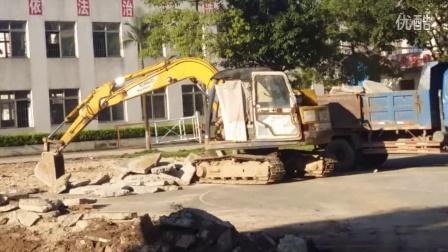 宝宝巴士337 挖掘机视频表演 宝宝巴士挖土机动画片挖掘机工作表演工程车消防车玩具车汽车总动员奇趣玩具奇趣蛋