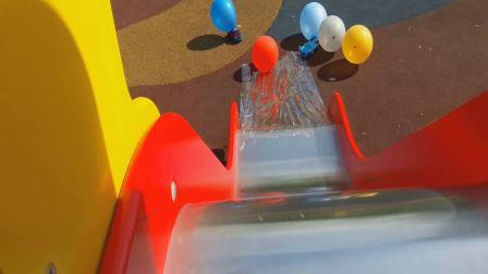 快乐的变形金刚汽车和爱帮助的警察汽车,视频为小孩儿,欢迎订阅!!!