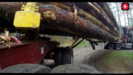卡车运输16米长原木过这种弯道