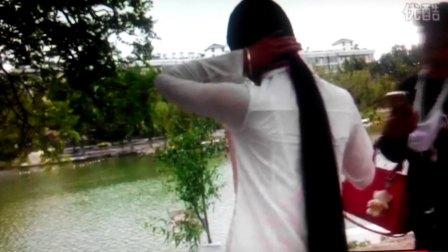 美丽姑娘公园剪及地长发(三)