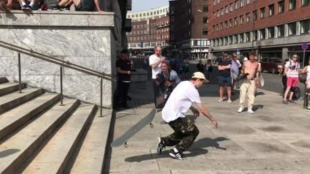6 6月9日奥斯陆市政厅 滑板IMG_1578