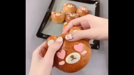 新作品「拉拉熊麵包」請給分~
