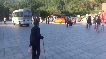 游江苏最高峰玉女峰;花果山72洞风景区2019;10;05符加厚2