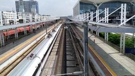 2020年9月20日,G9695次(长沙南站-深圳北站)本务中国铁路广州局集团有限公司广州动车段广州南动车运用所CRH380AL-2928广州北站通过
