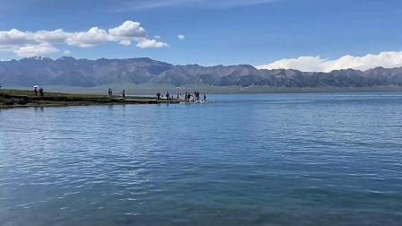 新疆寨里木湖 吐鲁番火焰山