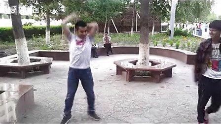 新疆Ryyan即兴斗舞tecktonik【electro dance】